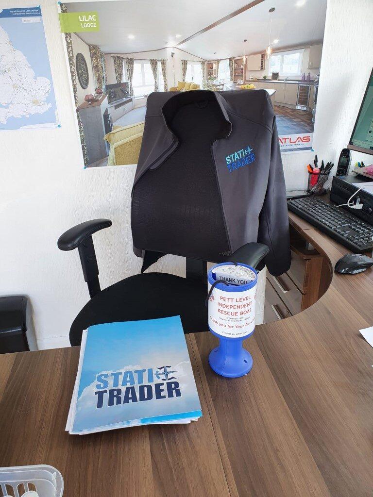 plirb charity donation pot at static trader